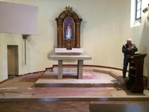 Posadzka marmurowa w kościele w Grabowcu - 2019