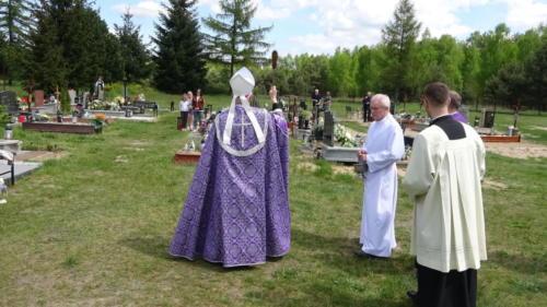 Wizytacja-modlitwa na cmentarzu św. Barbary, 15.05.2021