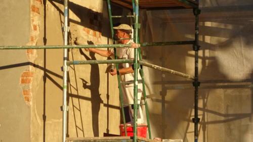 Remont elewacji kościoła w Grabowcu